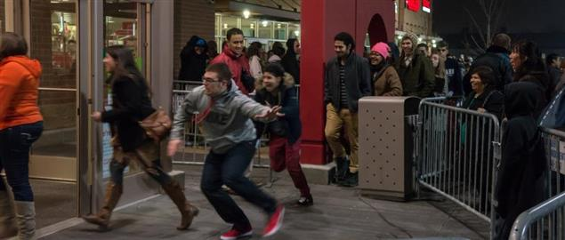 Shoppers Rushing in During Black Friday Sales