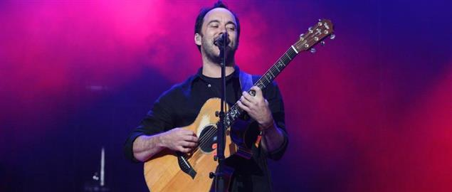 Dave Matthews performing with the Dave Matthews Band at Outside Lands 2009