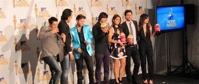 The Cast of The Twilight Saga at The MTV Movie Awards.