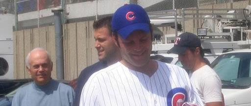Vince Vaughn at Cubs signing day in 2004